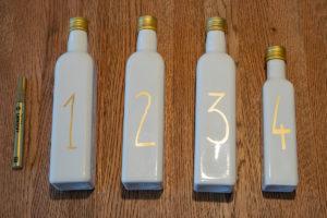 Erster Schritt DIY Adventskranz aus Flaschen